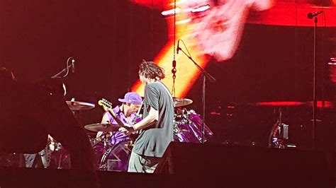 11-s-wilson-rhcp   Red Hot Chili Peppers fansite, news and