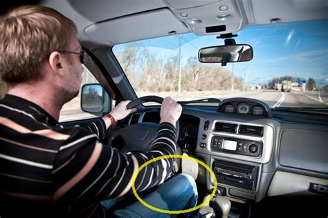 Crunches in the Car: Ways to Exercise While Driving - The