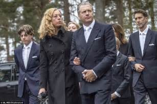Swedish and Spanish royals attend funerals | Daily Mail Online